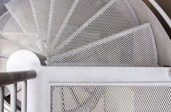 Saiba os benefícios de chapa expandida para pisos industriais